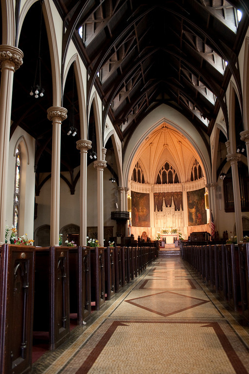 Weddings at Church of the Incarnation (interior photo)