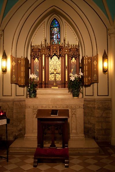 Church of the Incarnation Chapel of the Resurrection window